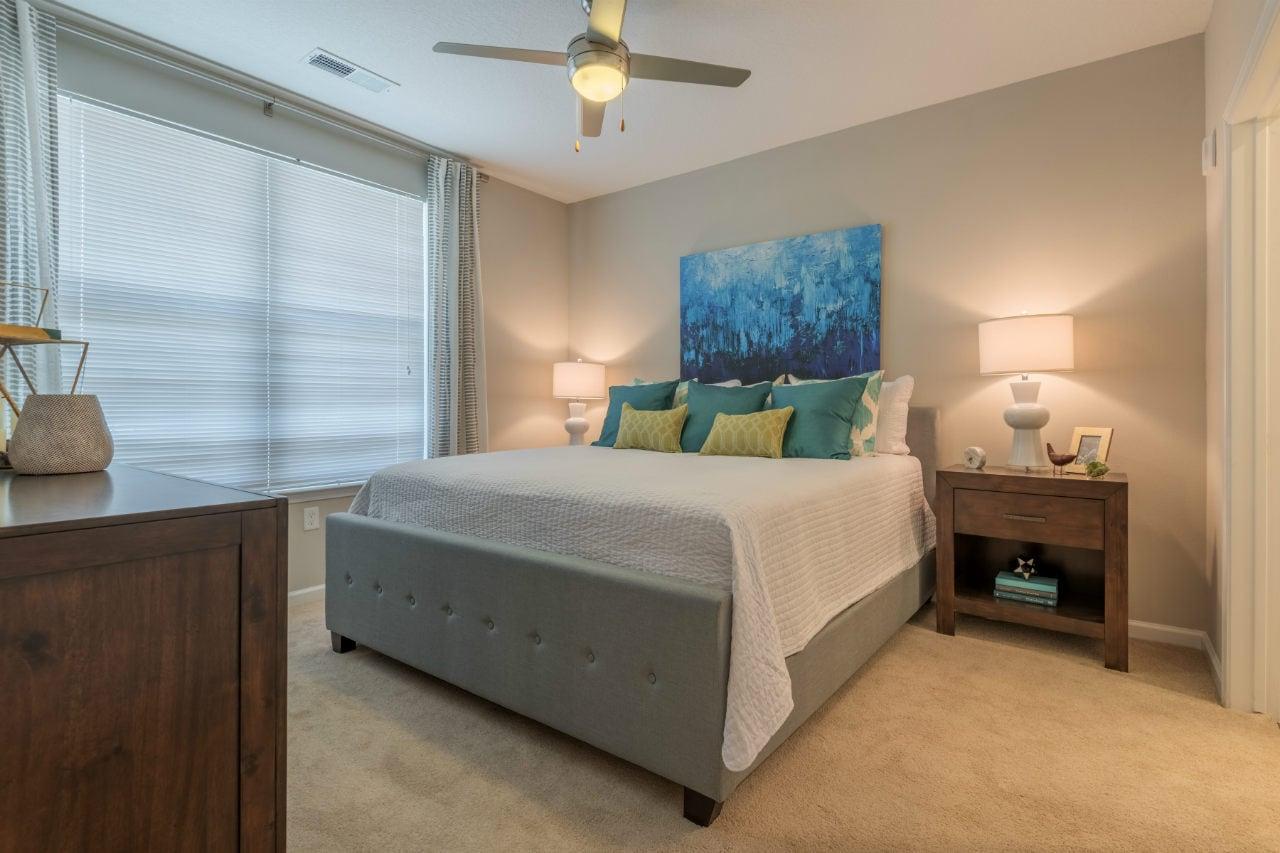 bedroom window lamp