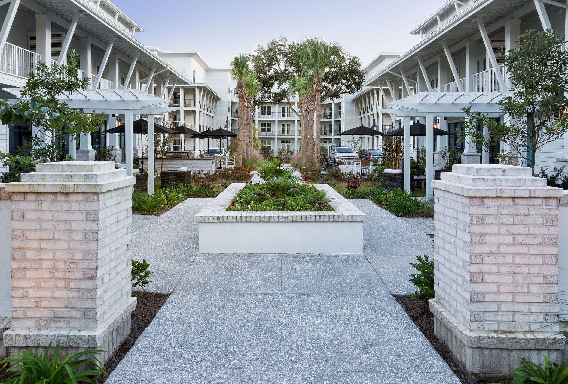 outdoor space apartment complex